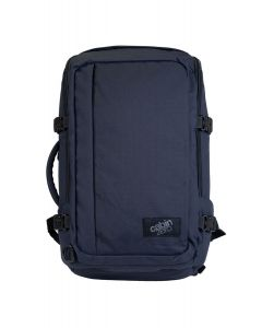 CabinZero Adventure 32L Absolute Black